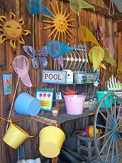 Pool decorations and items